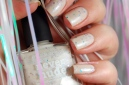 Swatch Never nude Picture polish 3 coats + top coat (HK girls), artificial light.